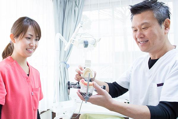 天野歯科医院では患者さんの質問を積極的に受け付けています。お気軽にご相談ください。